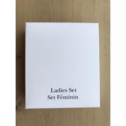 Set Féminin emballé dans une boîte en carton